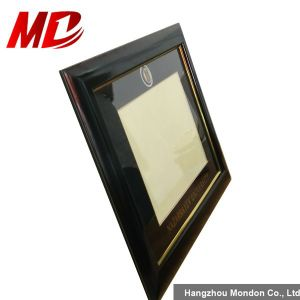 Solid Award Wood Certificate Frame pictures & photos