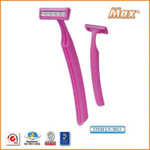 Triple Blade Stainless Steel Blade Disposable Shaving Razor (LV-5013) pictures & photos