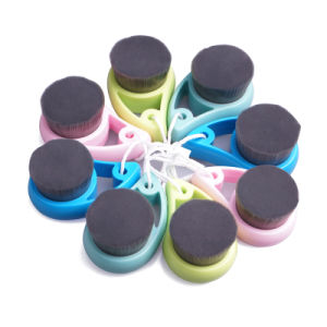 Carbon Fiber Face Cleansing Brush for Wholesale at Factory Price pictures & photos
