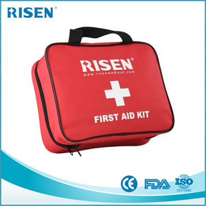 FDA/Ce Approve 75PCS Promotional First Aid Kit with Handy pictures & photos