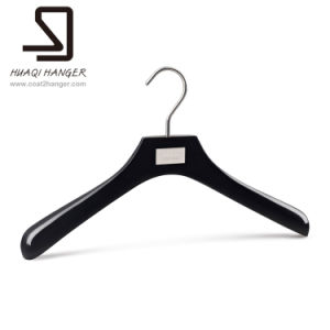 Luxury Wood Clothes Hangers pictures & photos