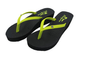 Green Beach Sandals Stocks or OEM Supplier for Women pictures & photos