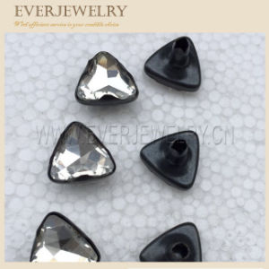 2017 New Style Triangle 10mm, 11mm Rhinestone Rivet pictures & photos