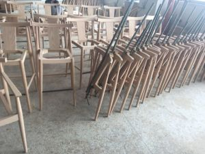 Hotel Furniture/Restaurant Furniture/Hotel Chair/Solid Wood Frame Chair/Writing Chair (GLC-0101) pictures & photos
