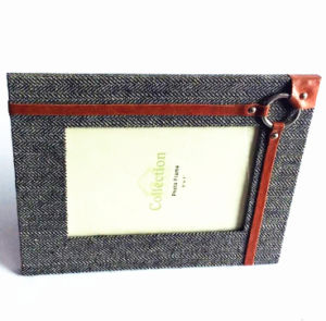 5 X 7 Inch Cloth Covering Photo Frame pictures & photos