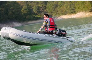 Powerful 2 Stroke 15HP Outboard Engine Inflatable Boat Motor Water Cooled pictures & photos
