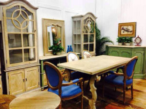 Exquisite Cabinet Antique Furnture pictures & photos