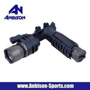 M910A Vertical Foregrip Tactical Flashlight Rifle Light pictures & photos