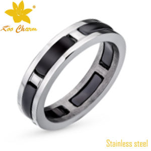 Str-078 Gold Ring Turns Finger Black