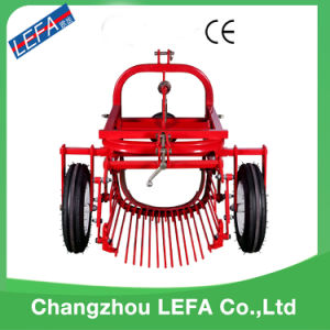 Farm Tractor Sweet Mini Single-Row Potato Harvester for Sale pictures & photos