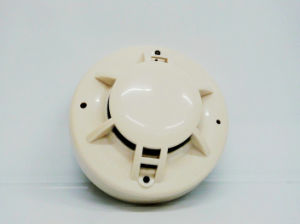 12VDC 4 Wire Smoke Fire Detector pictures & photos