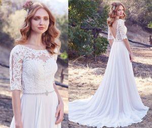 Half Length Sleeve Lace/Chiffon Wedding Gown pictures & photos