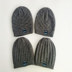 Fashion Wireless Earphone Speaker Winter Beanie Bluetooth Hat with Headphone pictures & photos