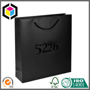 Metal Eyelet Gold Color Paper Promotion Carrier Bag pictures & photos