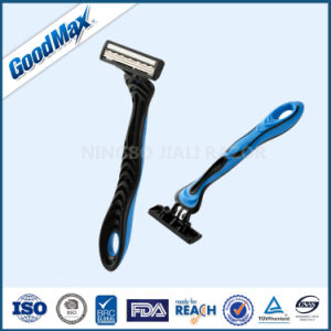 High Quality 3 Blade Disposable Razor pictures & photos