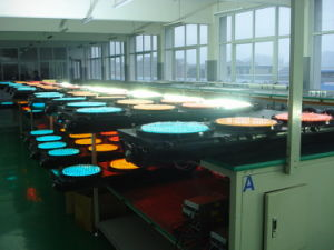 Red Green Yellow LED Traffic Light with High Quality pictures & photos