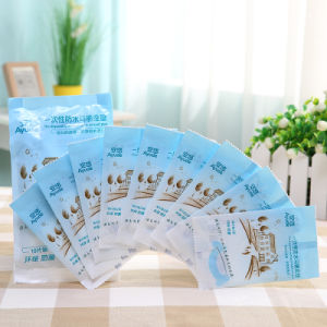 Portable Waterproof Disposable Paper Toilet Seat Covers pictures & photos