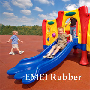 Soft Rubber Flooring/Safety Playground Rubber Floor pictures & photos