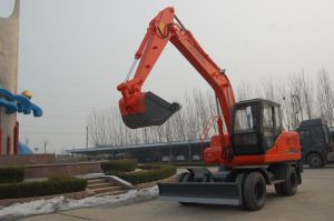 8 Wheels Hydraulic Excavator (HTL120-9) pictures & photos
