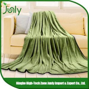 Latest Popular Lightweight Inexpensive Microfiber Blanket Green Blanket pictures & photos