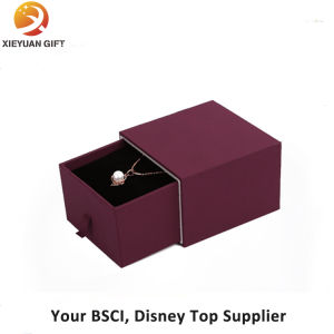 a Set of New Product Jewelry Gift Box Velvet pictures & photos