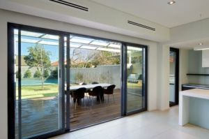 Fingertip Opening Smooth Sliding Aluminium Balcony Doors pictures & photos
