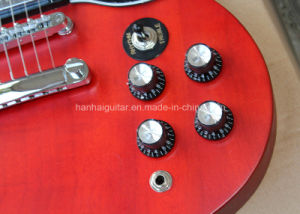 Hanhai Music / Red Retro Body and Neck Sg Style Electric Guitar pictures & photos