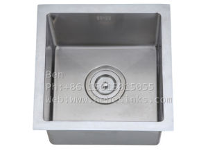 Stainless Steel Under Mount Single Bowl Handmade Bar Sink pictures & photos
