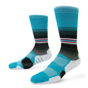 2016 Compression Sport Cycling Socks pictures & photos