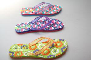 OEM Colorful Design EVA Slipper pictures & photos