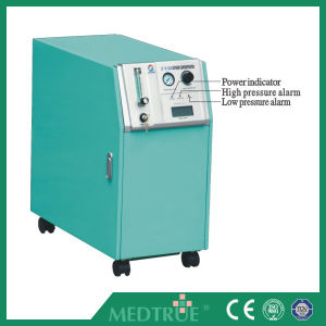 Hot Sale Medical Health Care Mobile Electric 10L Oxygen Concentrator (MT05101071) pictures & photos