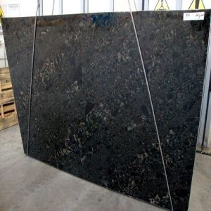 Polish Imported Natural Black Granite Slab Black Beauty pictures & photos