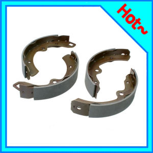 Brake Shoe for Toyota Carolla Carmy 04495-12220 pictures & photos