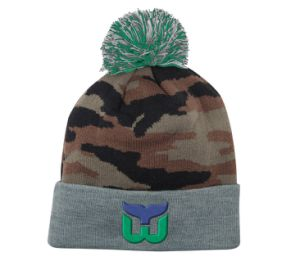 Top Quality Fashion Camo Winter Knitted Beanie Hat with Logo pictures & photos