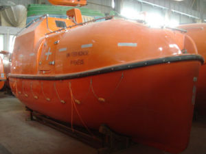 FRP Totally Enclosed Lifeboat/Rescue Boat with Solas Approved pictures & photos