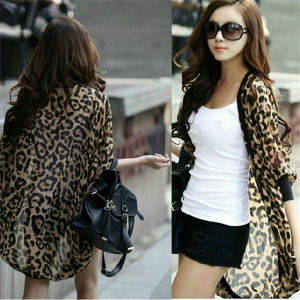 Summer Loose Bat-Like Sleeve Chiffon Leopard Cardigan (14227) pictures & photos