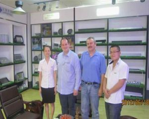 50W 100W 150W 200W Industrial UFO LED Highbay Light pictures & photos