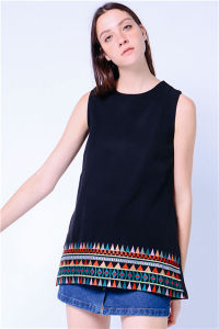 Embroidered Hem Tunic Women Tank Dress pictures & photos
