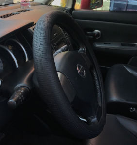 Soft Silicone Steering Wheel Cover Shell pictures & photos