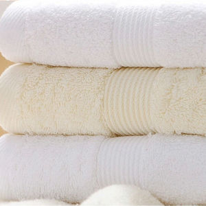 Euro Hotel Collectionguestroom Towels100 % Ring-Spun Cotton pictures & photos