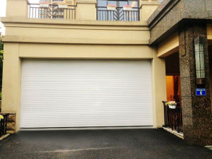 Exterior Insulated & Extruded/Heavy Duty Aluminum Rolling Shutter Door pictures & photos