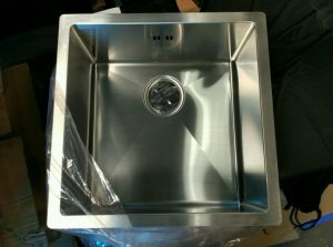 SUS 304 Round Radius 10 Handmade Stainless Steel Sink pictures & photos