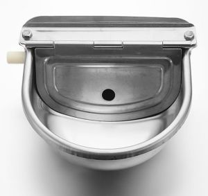 Horse Drinker Automatic Drinking Water Bowl pictures & photos