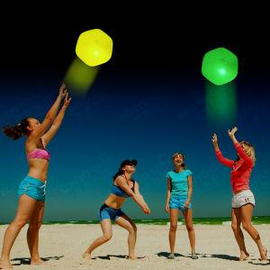 2015 Hot Sale Glow Beach Ball Glow in Dark pictures & photos