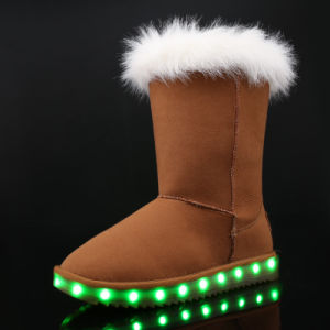 New Fashion Lady Shoe LED Light Shoe USB Charging Shoe Warm Winter Snow Boot pictures & photos