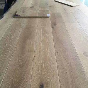 Retro Oak Engineered Flooring pictures & photos