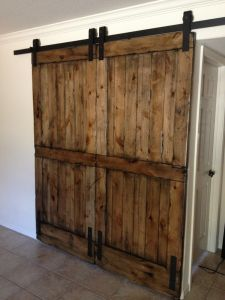 Sliding Barn Door Hardware Set Kit Wood Doors Hardware Farm Door Kit & China Sliding Barn Door Hardware Set Kit Wood Doors Hardware ... Pezcame.Com