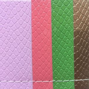 Small Sotne Grain PVC Leather for Making Women′s Bags Shoes pictures & photos