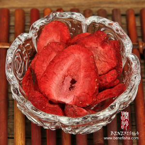 Freeze Dried Strawberry Dried Fruits in High Quality pictures & photos