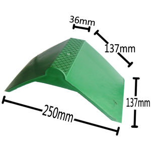 Green Plastic Pigeon Perch for Lovely Pigeons